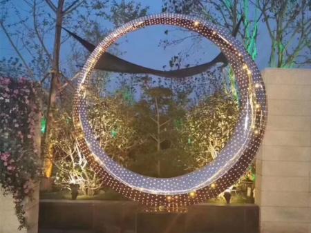 白山玻璃钢城市雕塑-齐齐哈尔玻璃钢城市雕塑厂家
