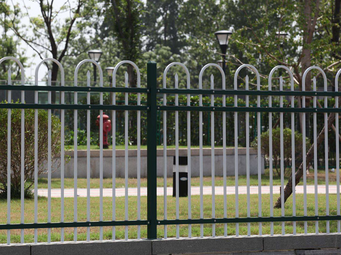 锌钢草坪护栏定做-市政锌钢护栏订制-市政锌钢护栏制造