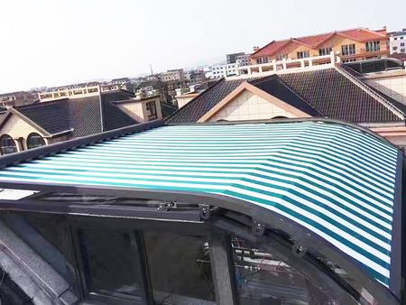铝合金天幕遮阳生产厂家-阳光房电动天幕生产厂家