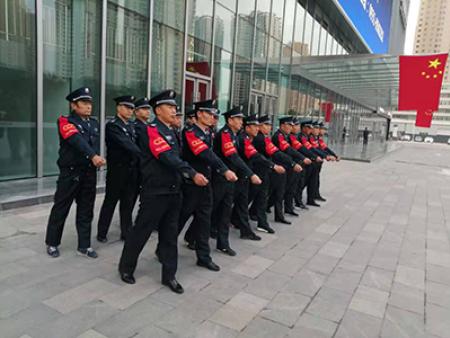 保安巡逻服务和门卫服务的职责有哪些?