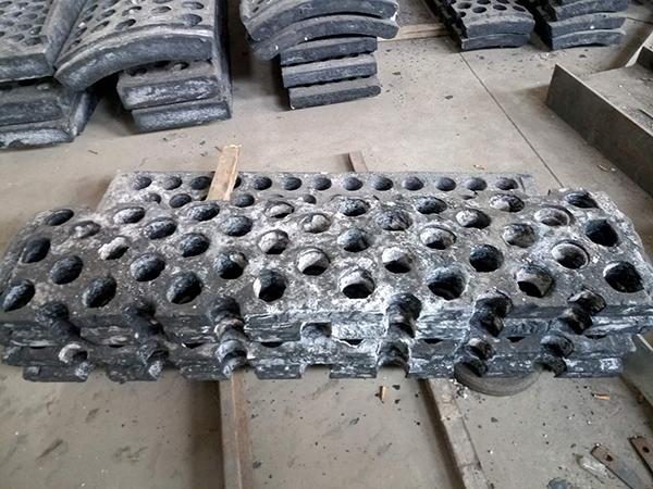 临沂高品质衬板批售-福建方锤批发