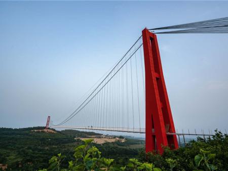 出谋划策:青州玻璃桥打卡,青州玻璃桥好玩吗