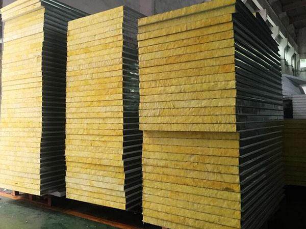 郑州机制岩棉板-德润净化板岩棉净化板作用怎么样