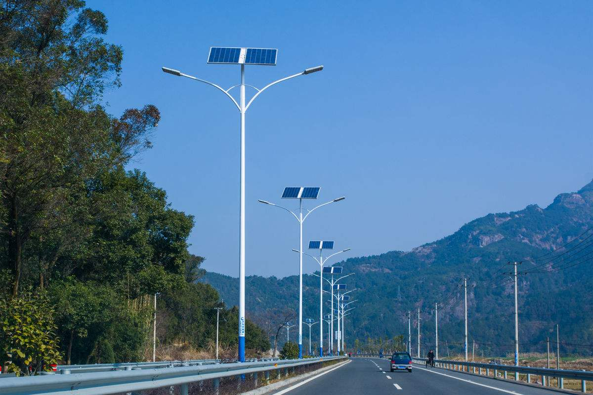 睿辰环宇节能科技哈尔滨太阳能路灯-黑龙江光伏采暖设备