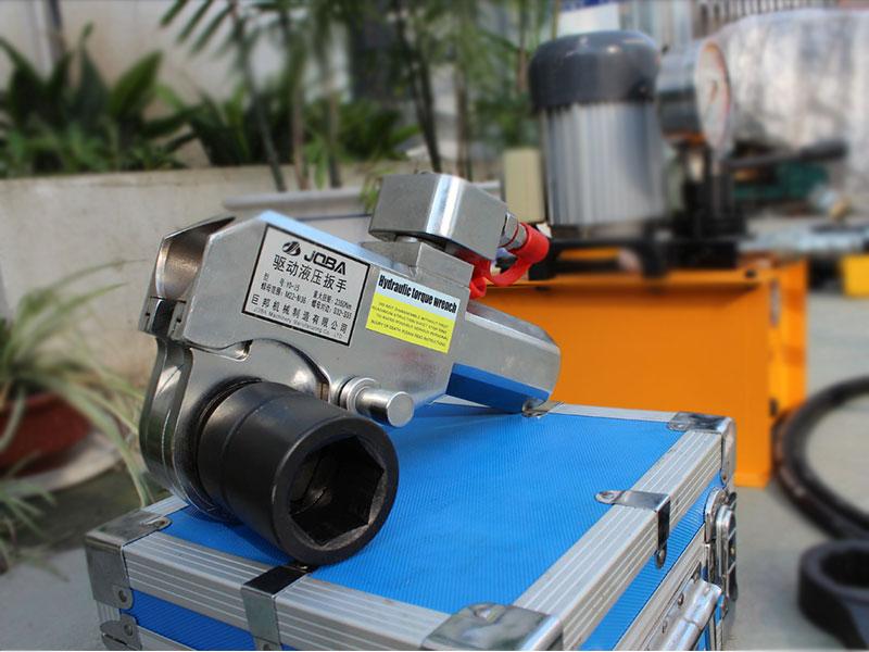 西藏液壓扭矩驅動鋼制扳手-巨邦機械液壓扭矩驅動鋼制扳手