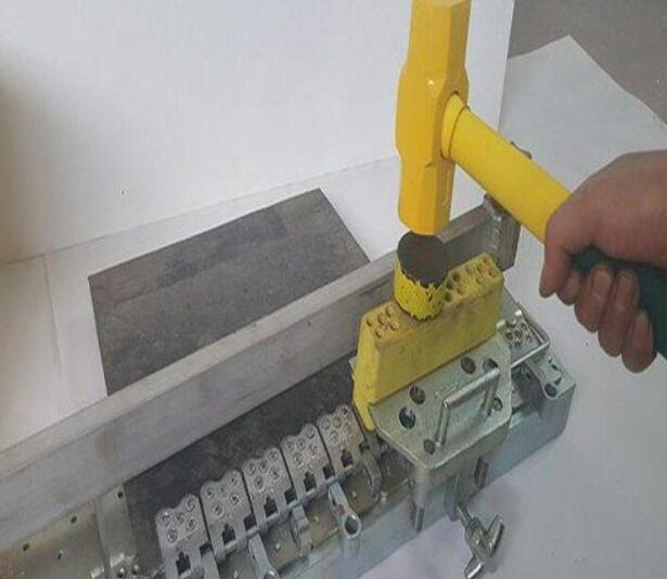 吉林钉扣机厂-邯郸哪里有卖销量好的钉扣机