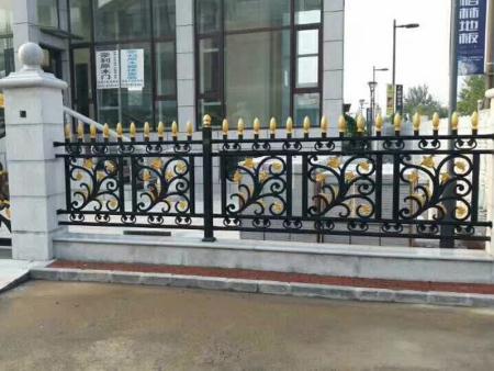 铝艺护栏厂-空调护栏出售-空调护栏供应