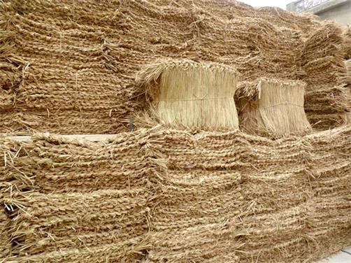 稻草绳市场价格-草袋哪种好-草袋选哪家