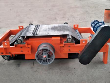 除铁器生产厂家-电磁自卸式除铁器技术咨询