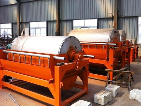 永磁筒式磁选机供应-选矿磁选机厂家-选矿磁选机公司