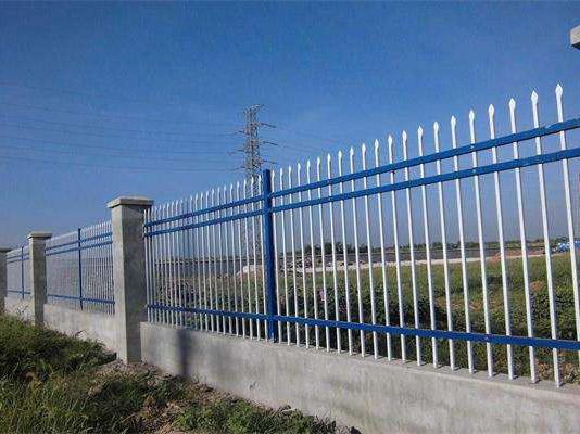 海西公路围栏厂家-价格实惠的青海锌钢护栏西宁哪里有