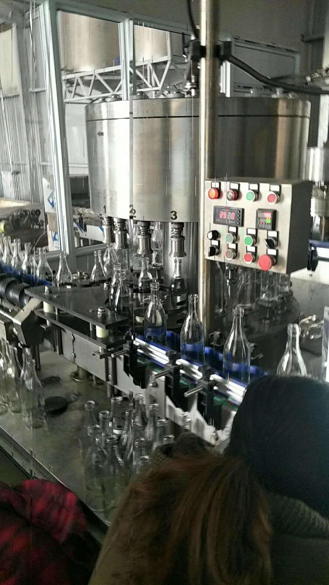 农灌装机-酱类灌装机械-小瓶水灌装机械