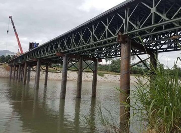 海南鋼便橋