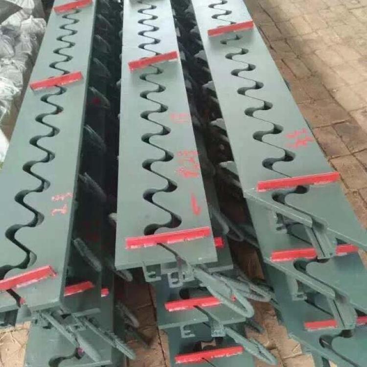 钢板梳齿型伸缩缝价格-160梳齿型伸缩缝厂家