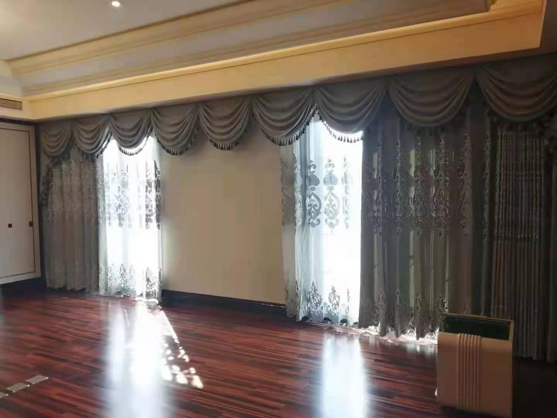 白银卷帘定制-甘肃专业的兰州电动窗帘厂家