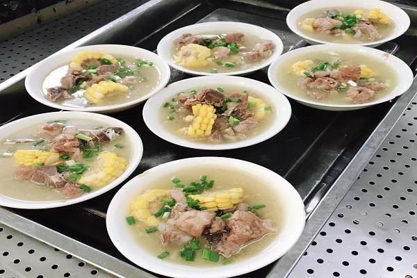 食堂承包咨询机构|明焱餐饮管理供应专业靠谱的园区食堂承包