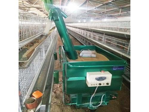 养殖上料车-蛋鸡上料车