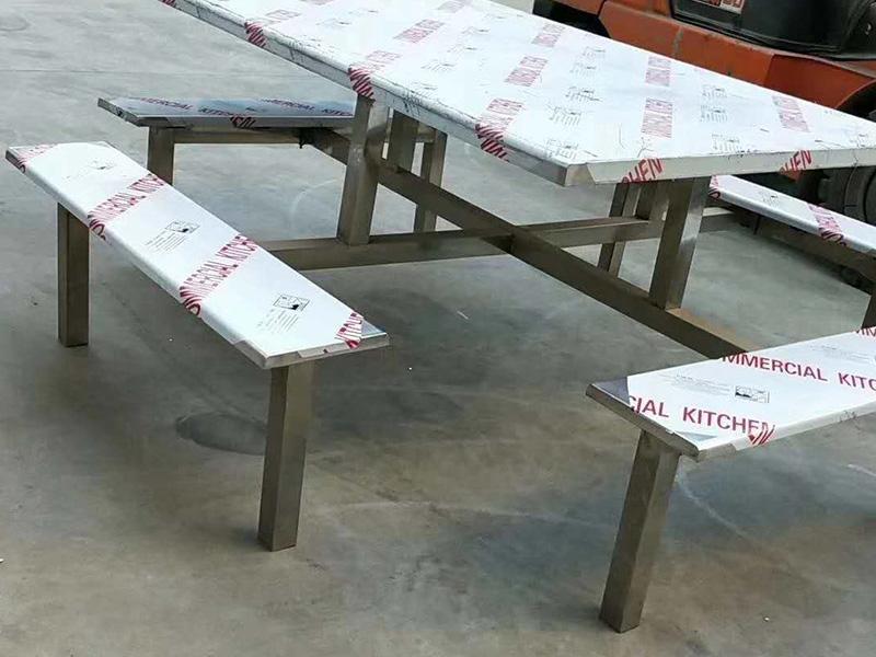 青岛市连体的不锈钢餐桌椅批发价格