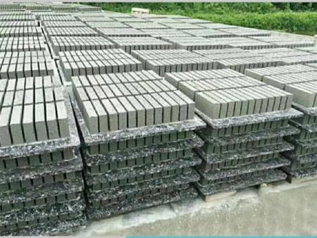 山西塑料磚機托板多少錢