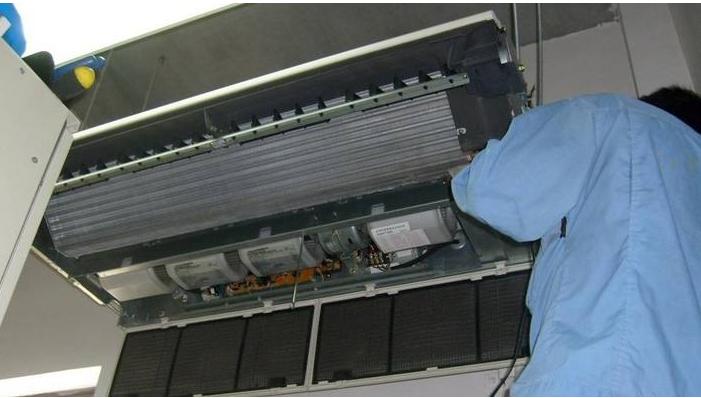 威海高区各种商用中央空调安装维修清洗保养服务!