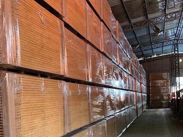 福建竹木复合集装箱底板生产厂家