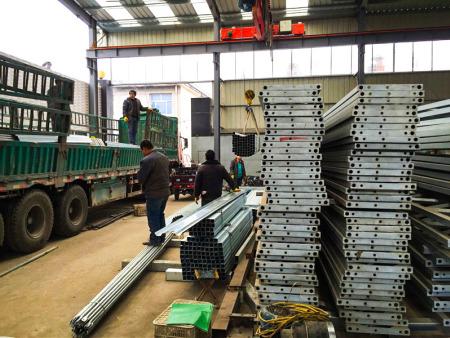 新疆玻璃温室配件生产厂家