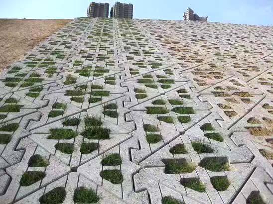 山东护坡砖厂家 欧韵工字护坡砖加工定制