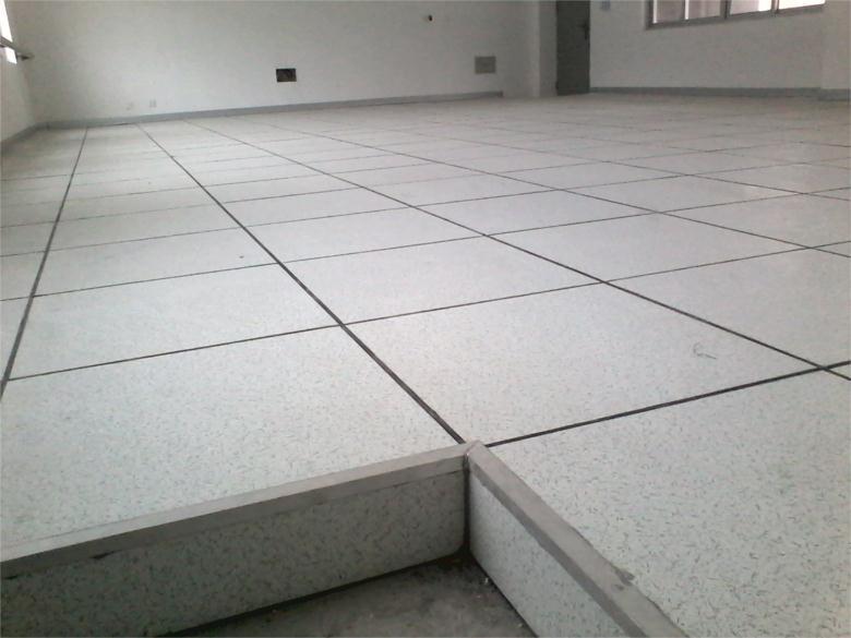 无边防静电地板-有边全钢防静电地板