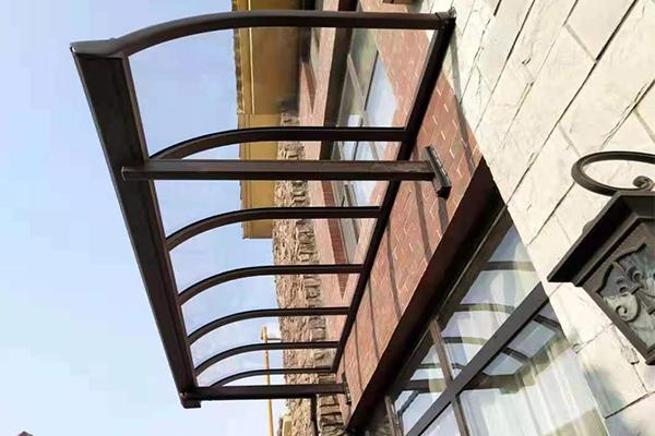 乌鲁木齐透明板雨棚定制