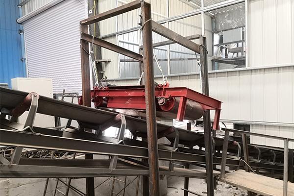 烟台永磁自卸除铁器公司