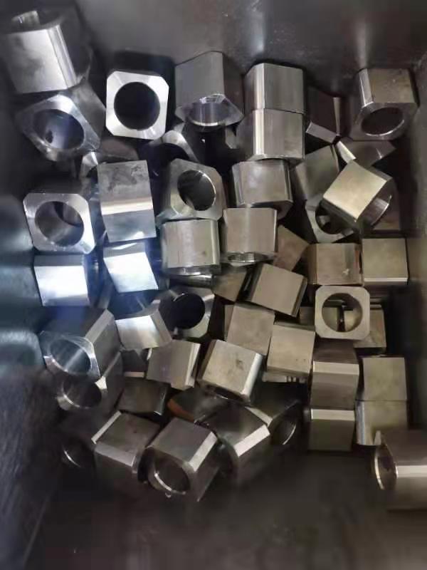 供應各種螺母 方型螺母 四方螺母 鍍鋅四方母