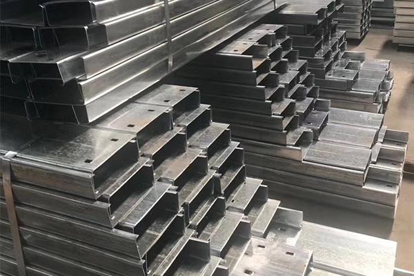 湖南CZ型钢供货商,冷弯c型钢费用
