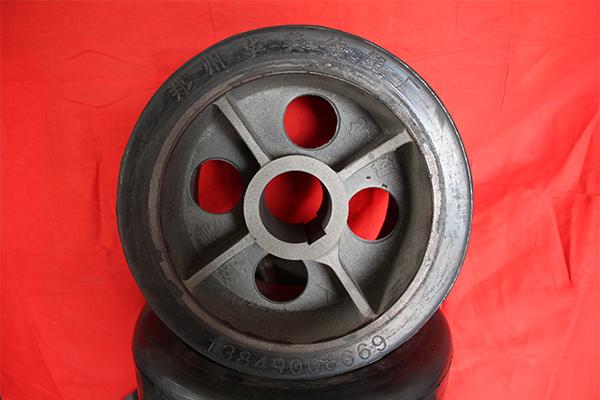 橡胶皮轮价格