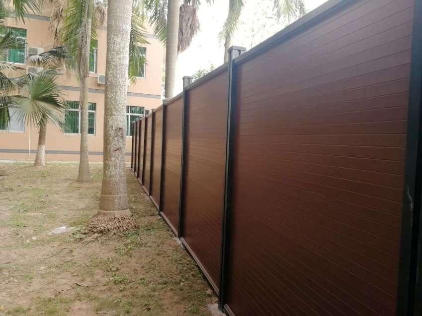 深圳pe木塑围挡哪家好,实验室木塑围挡安装