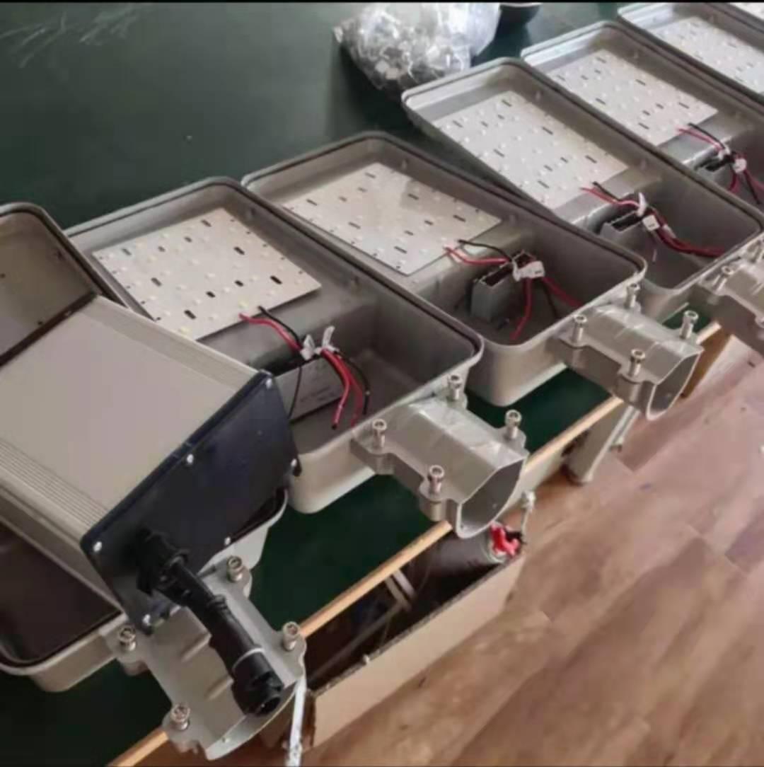 乌鲁木齐太阳能路灯安装-克拉玛依太阳能路灯安装