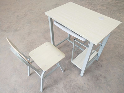 酒泉塑料课桌凳生产