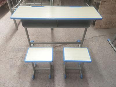 天水小學生課桌凳報價