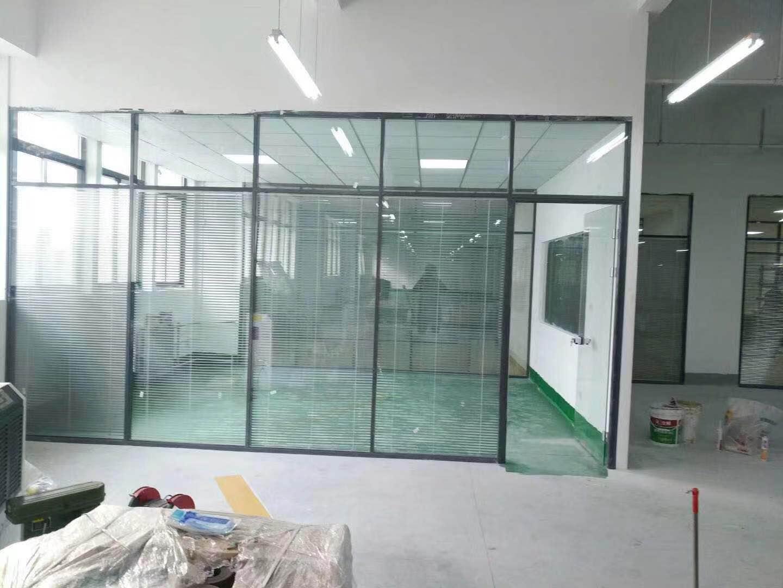 武威辦公室玻璃隔斷墻多少錢,辦公室玻璃隔斷墻多少錢一平