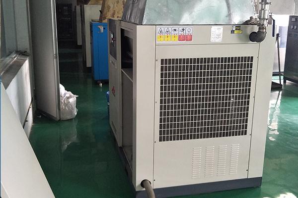 安阳静音空气压缩机生产厂家,无油空气压缩机厂