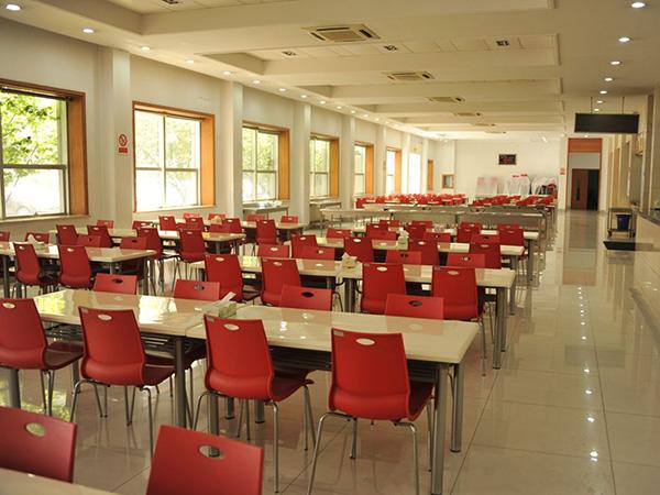 廣東工廠食堂承包-找可靠的工廠食堂承包就到超群兄弟餐飲