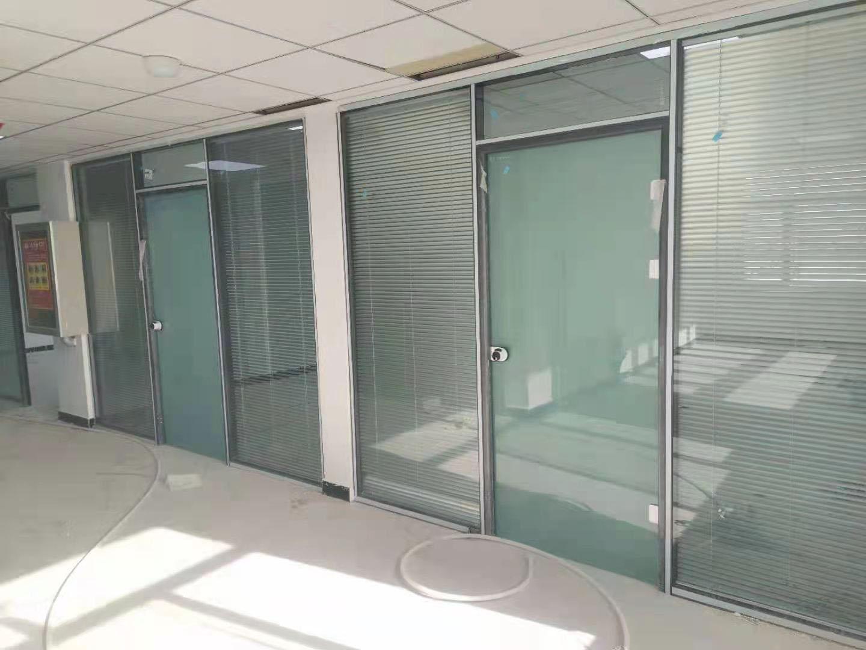 白银钢铝隔断安装-甘肃艾尚空间装饰材料提供的兰州钢铝隔断哪里好