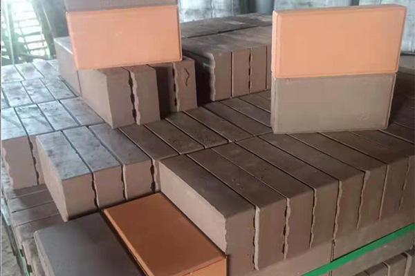 洛阳粘土烧结砖多少钱,多孔烧结砖厂家