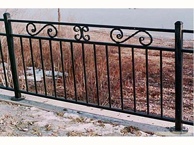 来兰州博艺鑫金属装饰,买优质的铁艺护栏-甘肃铁艺护栏定做价格