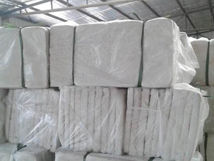 声誉好的兰州复合硅酸盐厂家商当属宁夏盛运恒通保温建材,银川复合硅酸盐供应